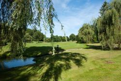 Farmington Woods Country Club